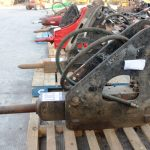 EXCAVATOR HYDRAULIC BREAKER ATTACHMENT